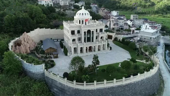 温州三栋别墅被拆景观石被毁